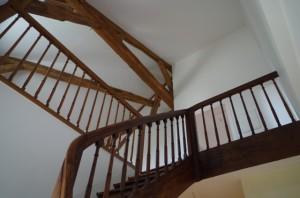 G7 La cage d'escalier enti+¿rement r+®nov+®