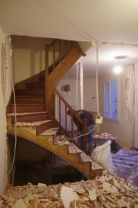 Démolition cloison escalier